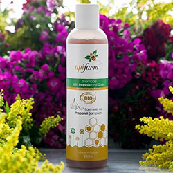 Apifarm Organic Shampoo With Propolis and Garlic 250ml