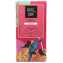 GÜZEL GIDA Organik Chili Acı Biber ve Çilekli Ham Çikolata  %70 Kakao  Sütsüz  Glutensiz  85g